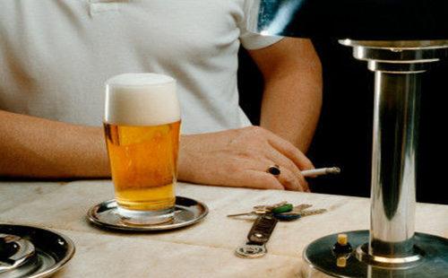 烟、酒.jpg