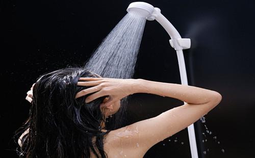皮肤 洗澡.jpg