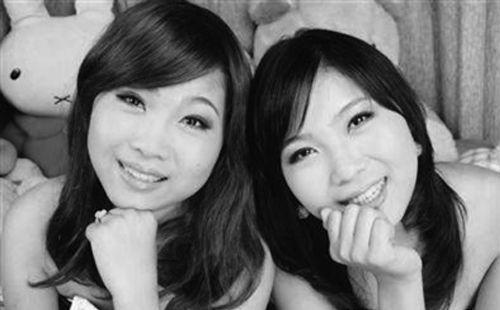 孪生姐妹忍病痛考上大学 查出尿毒症决定捐遗体